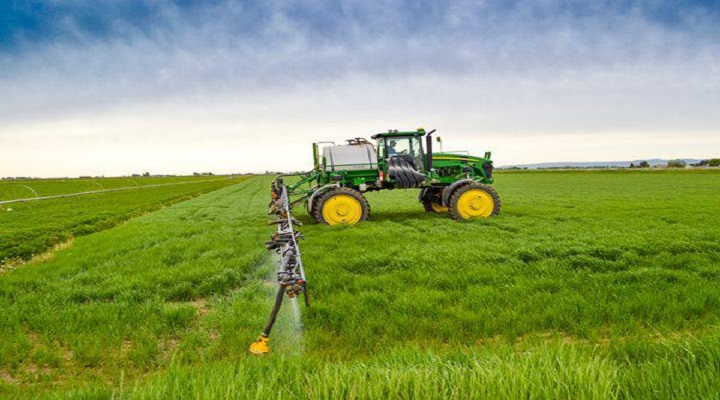 The Improved Efficiency & Productivity with the Rise in  Usage of Integration of Smart-Phones With Agricultural Software and Hardware Applications to Drive the Demand of VRT Technology Market over the Forecast Period : Ken Research