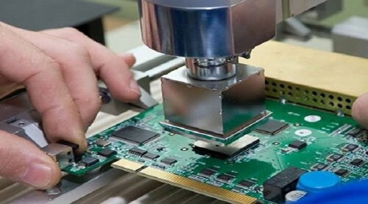 Global Electronic Equipment Repair Service Market