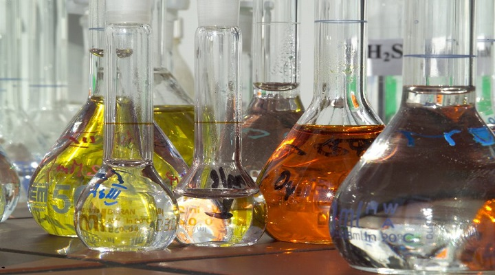 Increase in Demand from Flavors & Fragrances Industry Coupled with Low Oil Prices is Set to Drive Global Chemicals by End Use Market Over the Forecast Period: KenResearch