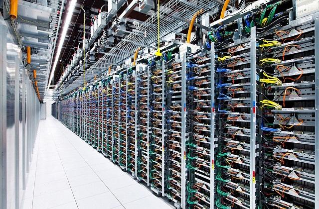 Data Center Performance, Choosing Cloud Partner, Market Dynamics – Analysis & Research Data Center: KenResearch