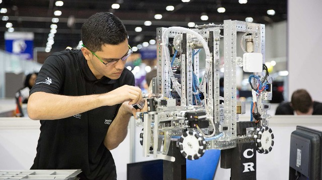 Europe Mobile Robotics Market